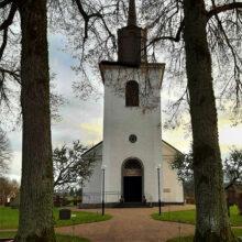 Välkommen till Hudene kyrka söndag 15 december kl 15 och 18 på julkonsert med kören Vise versa och Herrljunga manskör. Kollekt tas upp och den går till inköp av matkassar som Barnens Ambassad i Ukraina delar ut.